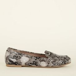5 wide-fit-brown-faux-snakeskin-loafers